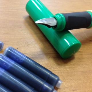 鋼筆(1.1mm)/含 7支墨水管